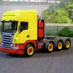Scania 4achs Zugmaschine