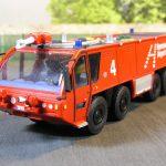 Flugfeldlöschfahrzeug der Flughafenfeuerwehr Hannover