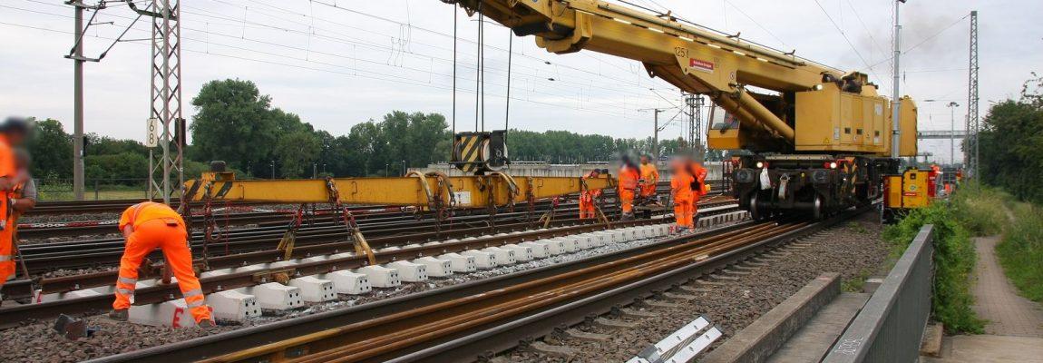 Gleisbauschienenkran KRC 810 T von Kirow