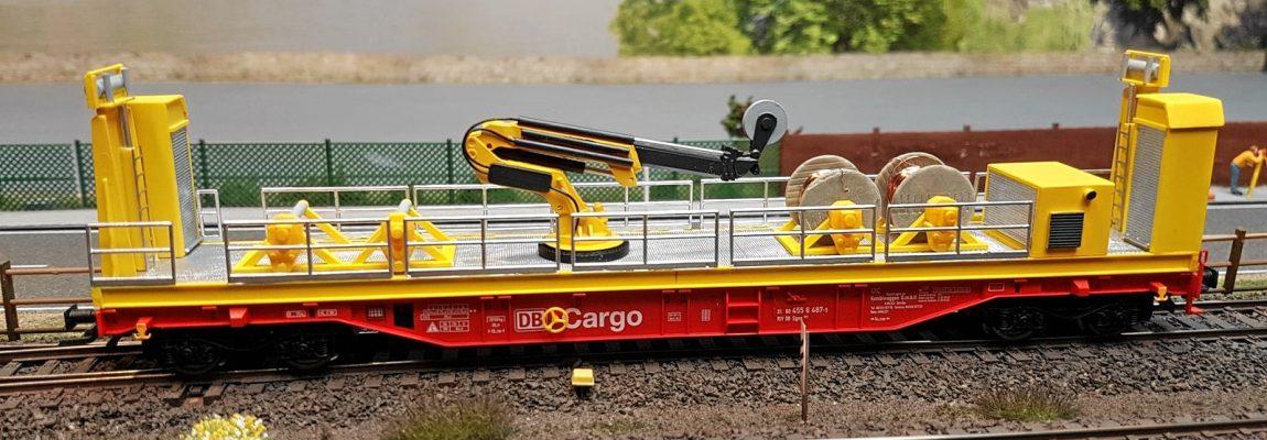 Modell der Fahrleitungsverlegeeinheit BM 960