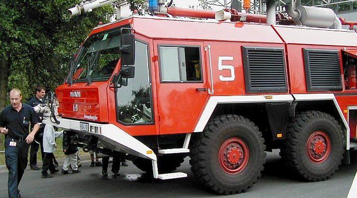 Flugfeldlöschfahrzeug