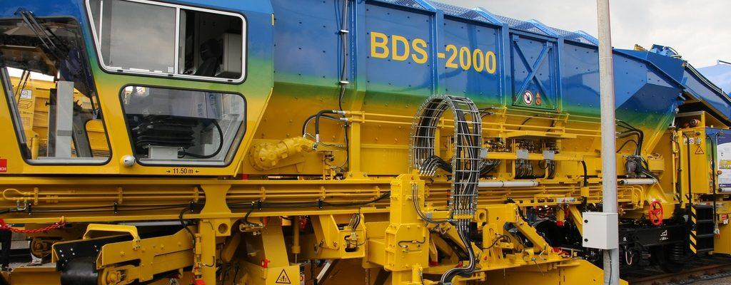 Plasser & Theurer Schotterverteil- und -planiermaschine BDS 2000-4