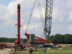 Liebherr LGD1550 von Nolte bei Bau einer WKA