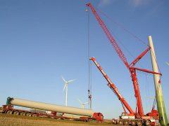 Liebherr LTM1500 von Colonia beim Bau von WKA