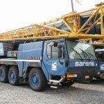 Liebherr LTM1100 von Sarens