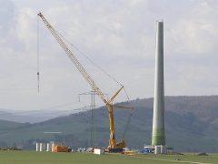 Liebherr LTM1500 von Wiesbauer beim Bau einer WKA
