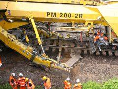 Gleisbau Weetzen-Ronnenberg – Aushubketten der PM200-2R