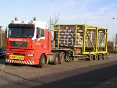 Transport zweier Wärmetauscher